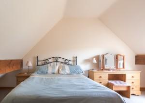 Milton bedroom